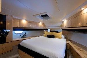 65' Neptunus Flybridge Motor Yacht 2000 VIP