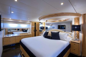 65' Neptunus Flybridge Motor Yacht 2000 Master Looking Starboard