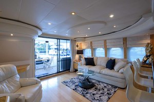 65' Neptunus Flybridge Motor Yacht 2000 Salon Looking Aft