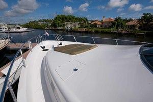 65' Neptunus Flybridge Motor Yacht 2000 Bow