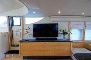65' Neptunus Flybridge Motor Yacht 2000 Starboard Side Banquet