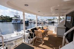 65' Neptunus Flybridge Motor Yacht 2000 Aft Deck