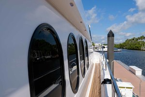 65' Neptunus Flybridge Motor Yacht 2000 Wide Side Decks