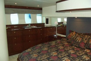 62' Neptunus Sedan Cruiser 2008 MasterLookingStarboard