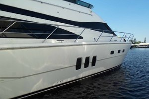 62' Neptunus Sedan Cruiser 2008 New Style Hull Windows