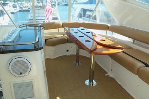 62' Neptunus Sedan Cruiser 2008 Cocktail Table