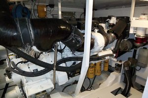 62' Neptunus Sedan Cruiser 2008 Port Engine
