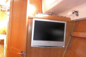 44' Catalina Morgan Deck Salon 2005