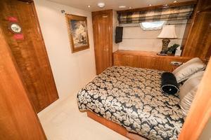 75' Hatteras 75 Motor Yacht 2004 Midship VIP
