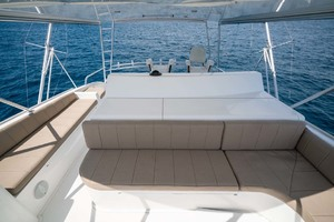 61' Viking Convertible 2002 Forward Seating