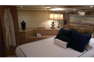 SEAQUEST is a Hatteras  Yacht For Sale in Fort Lauderdale--10
