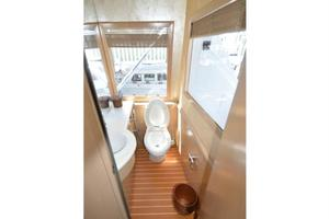 SEAQUEST is a Hatteras  Yacht For Sale in Fort Lauderdale--14
