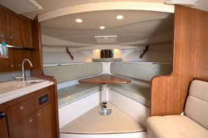 33' Rampage Express 2007 16 Cabin View