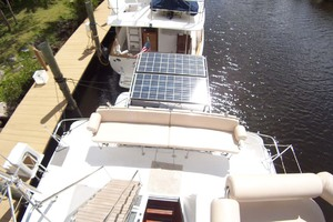 34' Pdq Mv34 2003 9 Solar Panels Aft Cockpit Seating