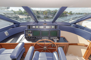 65' Pacific Mariner Pa 65 2006 Helm