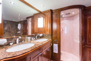 100' Benetti Tradition 100 2007 Master En-suite bathroom