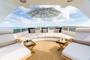 100' Benetti Tradition 100 2007 Sundeck