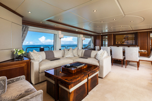 100' Benetti Tradition 100 2007 Salon