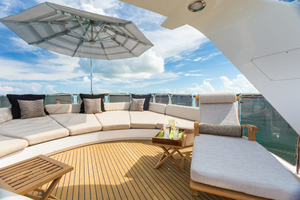100' Benetti Tradition 100 2007 Sundeck Lounge