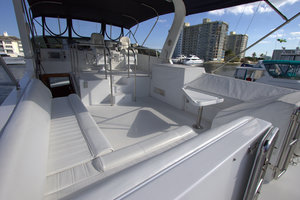 57' Jefferson  2003 Huge Flybridge