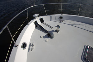 57' Jefferson  2003 Windlass