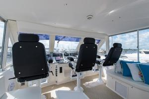 60' Viking Cockpit Motoryacht 1999