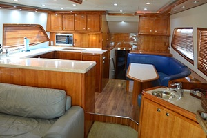 57' Bertram Sport Fisherman 2004