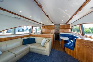 51' Bertram Sport Fisherman 2000 Challenge_Salon1