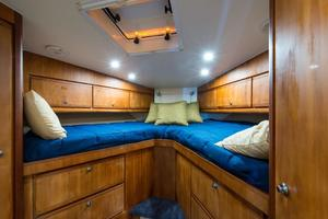 51' Bertram Sport Fisherman 2000 Challenge_Forward Stateroom1