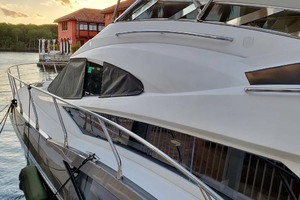 50' Marquis 500 Sport Bridge 2011 Port Side