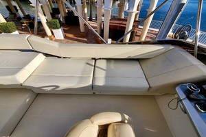 50' Marquis 500 Sport Bridge 2011 Flybridge Seating