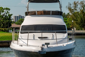 44' Sea Ray Cruiser 2006 44 Sundancer_Bow Profile4