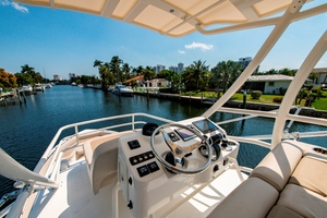 42' Boston Whaler 420 Outrage 2016 420 Outrage_Tower5