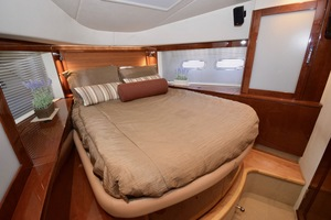 54' Sea Ray Sundancer 2012 Interior   2012 Sea Ray 540 Sundancer_0178