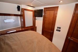 54' Sea Ray Sundancer 2012 Interior   2012 Sea Ray 540 Sundancer_0181