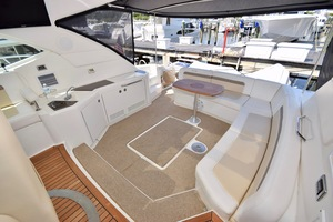 54' Sea Ray Sundancer 2012 2012 Sea Ray 540 Sundancer_0148