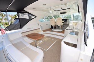 54' Sea Ray Sundancer 2012 2012 Sea Ray 540 Sundancer_0144
