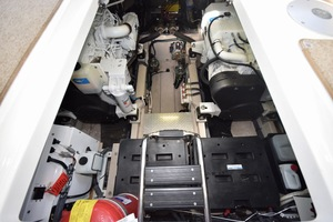 54' Sea Ray Sundancer 2012 Engine Room   2012 Sea Ray 540 Sundancer_0071