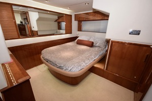 54' Sea Ray Sundancer 2012 Interior   2012 Sea Ray 540 Sundancer_0192