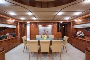 94' Custom Line Ferretti Custom Line Motoryacht 2001 Lady Breanna_dining_1