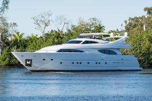 94' Custom Line Ferretti Custom Line Motoryacht 2001 Lady Breanna_bow_profile_7