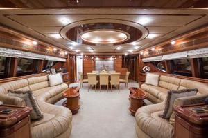 94' Custom Line Ferretti Custom Line Motoryacht 2001 Lady Breanna_salon_1