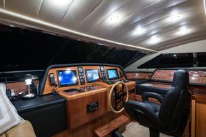 94' Custom Line Ferretti Custom Line Motoryacht 2001 Lady Breanna_pilothouse_2