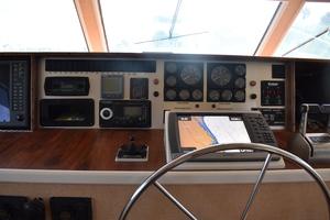 82' Hatteras Flybridge Motor Yacht 1977
