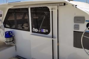 43' Farrier 44 SC 2014 Cockpit Bulkhead