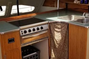 43' Farrier 44 SC 2014 Galley To Port