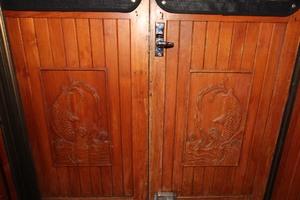 42' Chien Hwa Krogen 42 1982 Salon Doors Interior Carving Detail