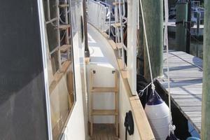 42' Chien Hwa Krogen 42 1982 Starboard Sidedeck Looking Forward