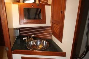 42' Chien Hwa Krogen 42 1982 Guest Head Sink