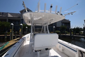 37' Intrepid 370 Open 2009 Helm Seat
